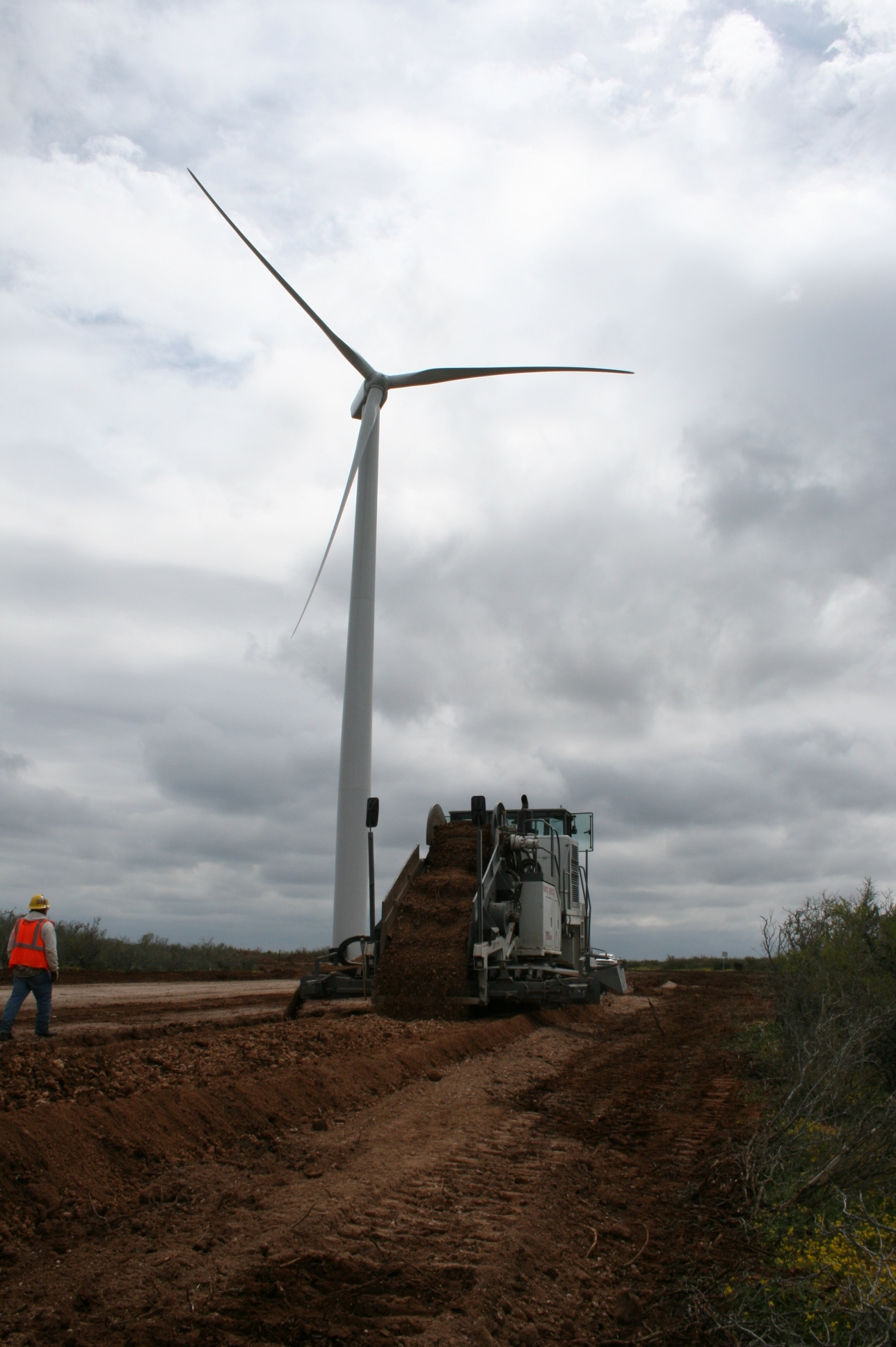Worldwide Machinery supports clean energy